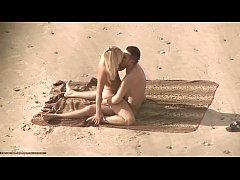 คลิปxxxxหนุ่มสาวฝรั่งเย็ดกันบนหาดทรายขึ้นขย่มควยเล่นเสียวกันกลางแจ้งเลยไม่อายคนมั่งไง